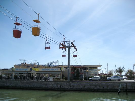télésièges à la mer