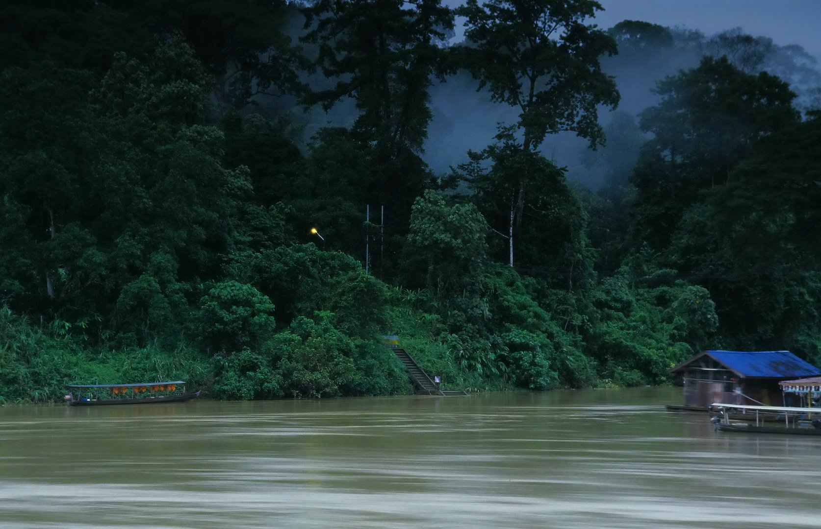 Tembeling River