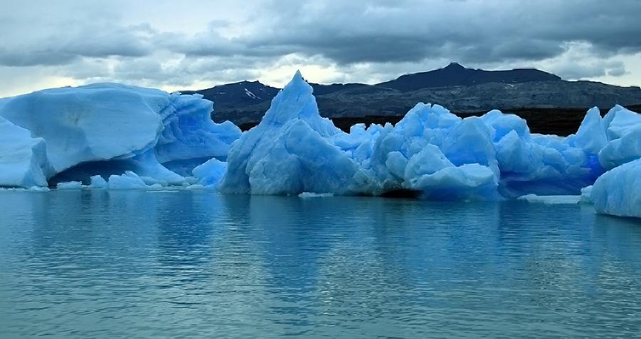Témpanos en el Glaciar de Upsala