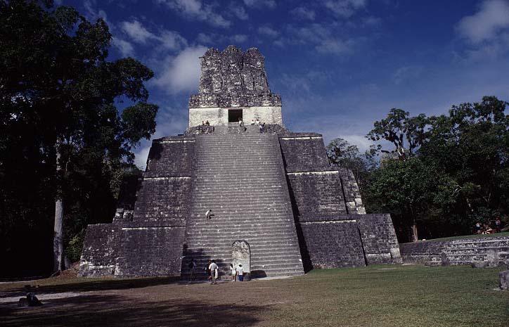 Tempel 2 in Tikal
