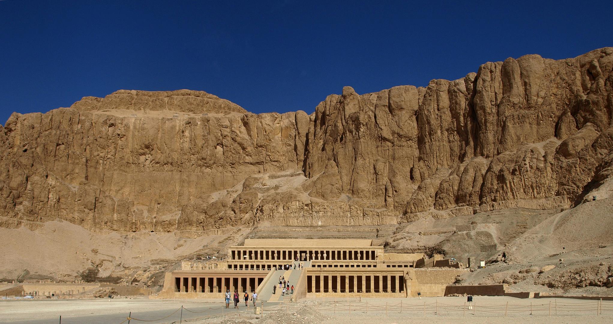 Tempel der Hatschepsut in Deir el Bahari bei Luxor
