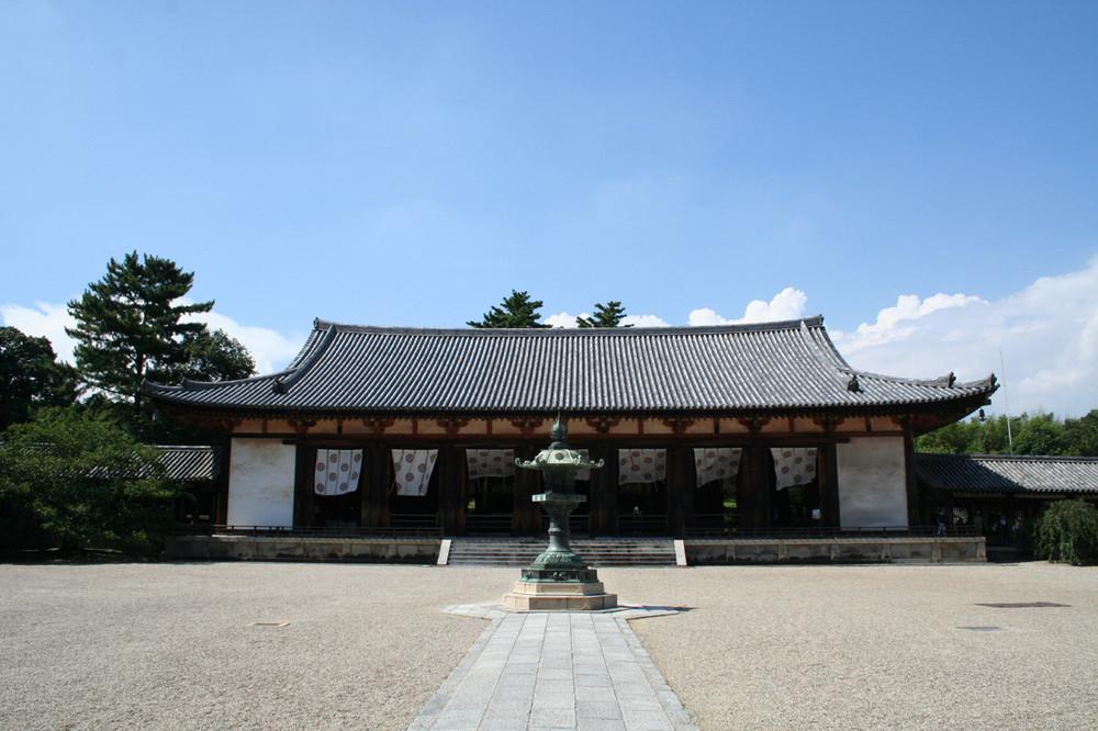 Tempel im Winde