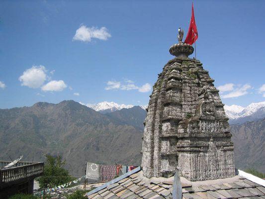 Tempel in Sarahan