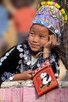 """Tempelgeschichten 1: """"Khun Phra tschuai"""" / Temple tales 1: """"Khun Phra tschuai"""""""