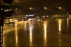 Tempelhof bei Nacht 2
