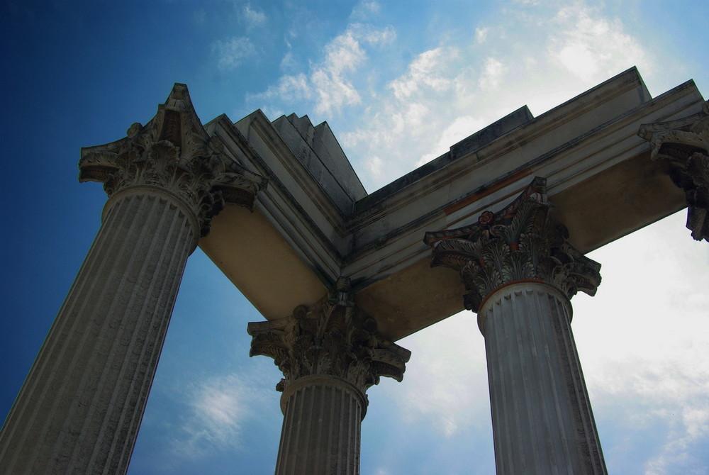 Tempelruine im Römermuseum Xanten
