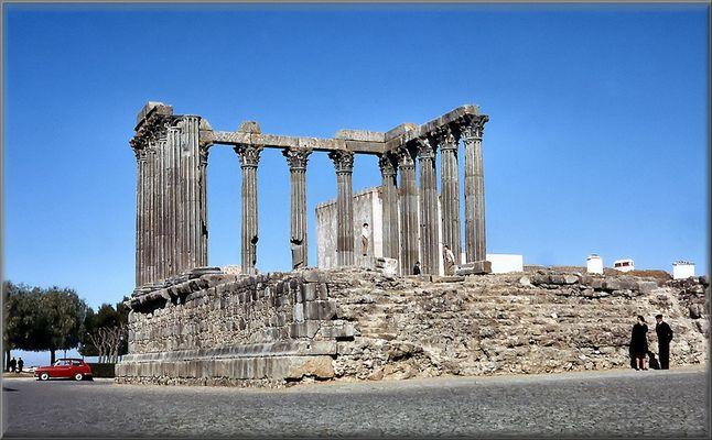 Tempio di Diana a Évora.
