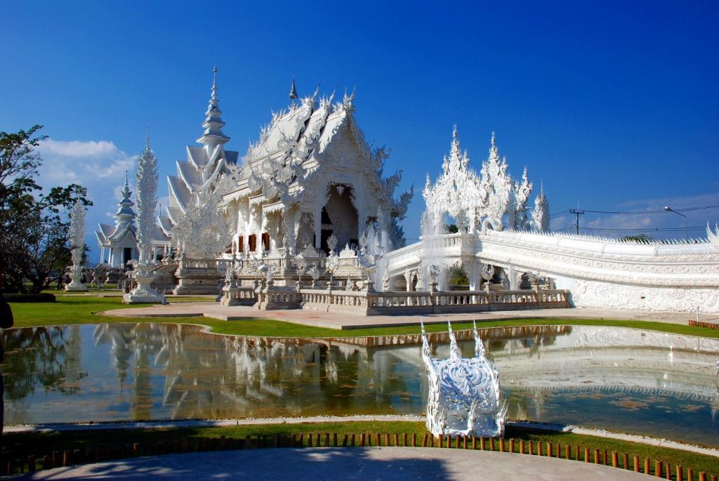 Temple blanc du Wat rong khun