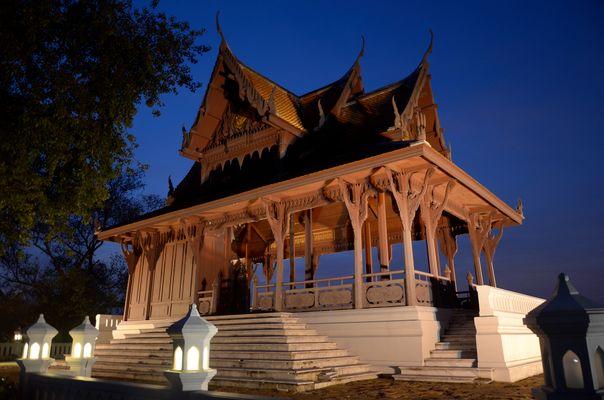 Temple near chao praya