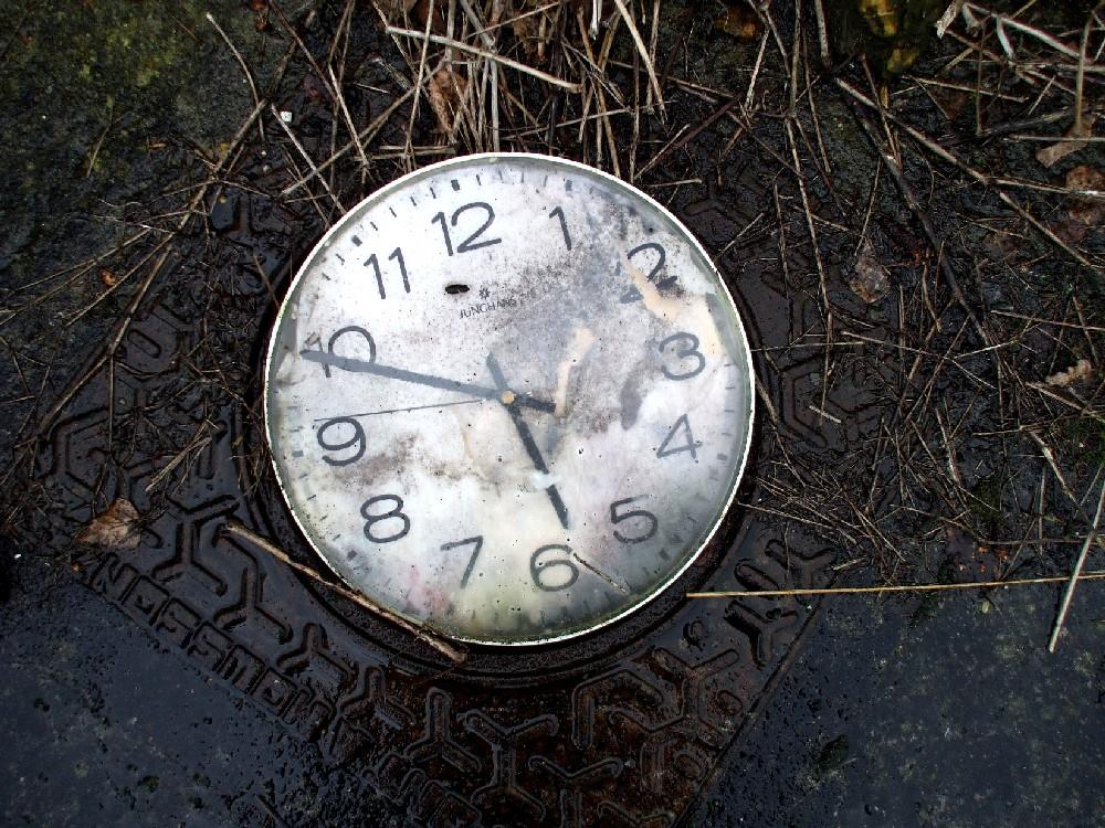 temps oublié sur plaque