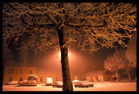 Tempête de neige nocturne