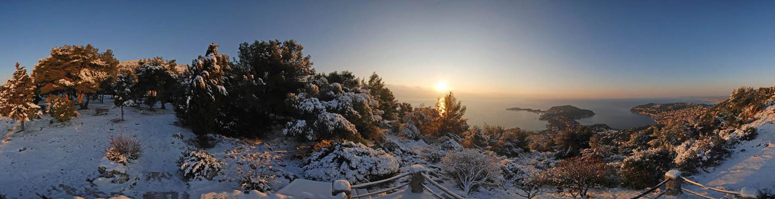 Tempête de neige sur la Côte d'Azur