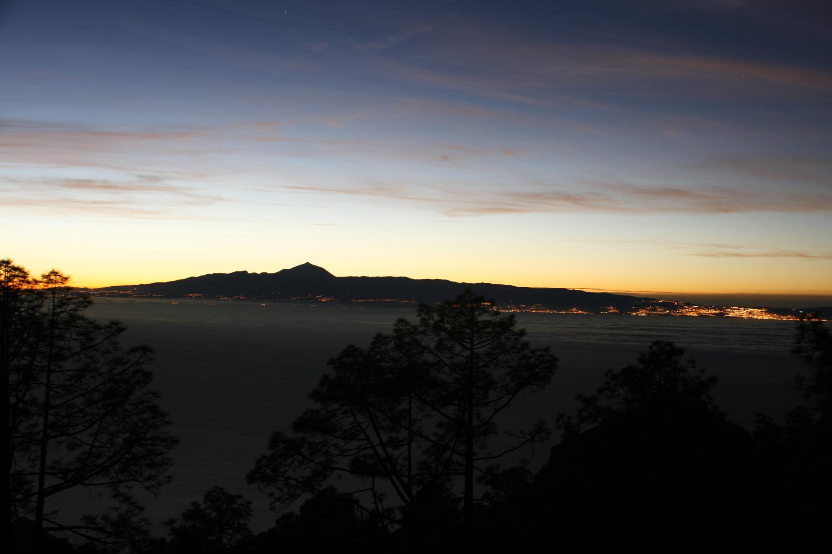 Tenerife Nocturno, desde Gran Canaria