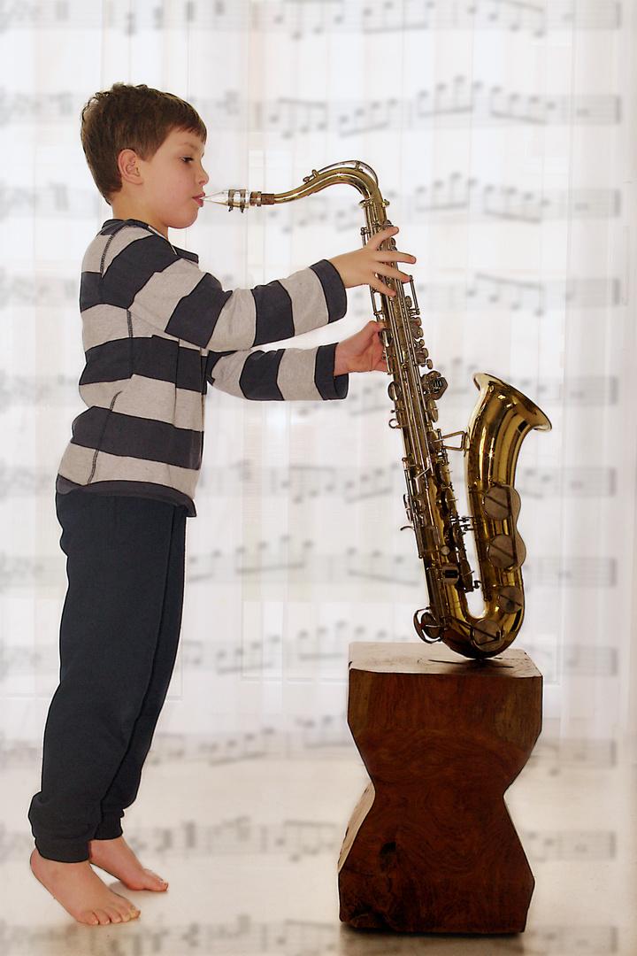 Tenor Saxophon- warum so groß?