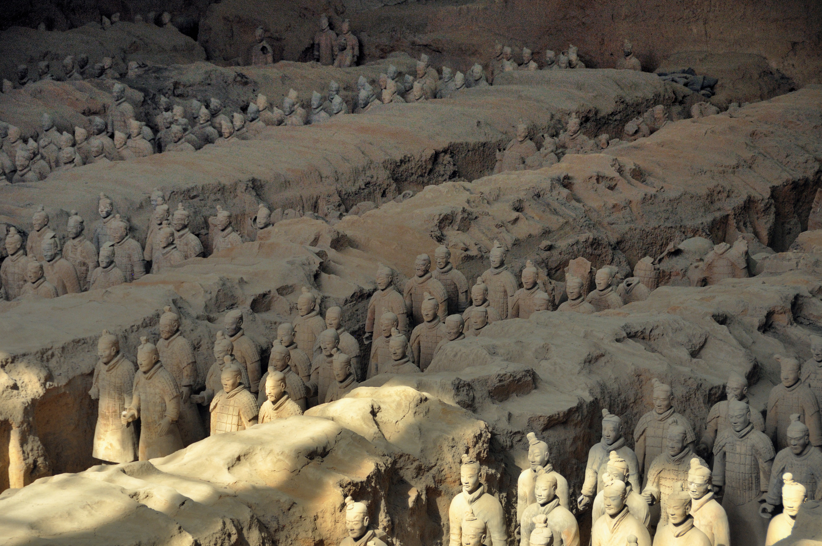 Terracotta Army - light and shadow