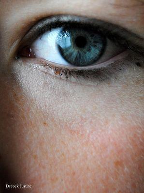 T'es yeux quitte pas les miens
