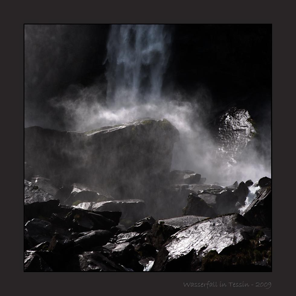 Tessiner Wasserfall 101