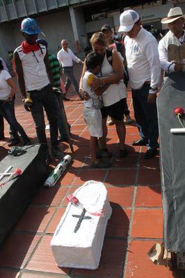 testimonio de la violencia en colombia