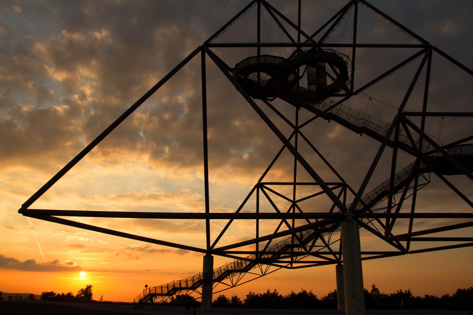 Tetraeder im Sonnenuntergang