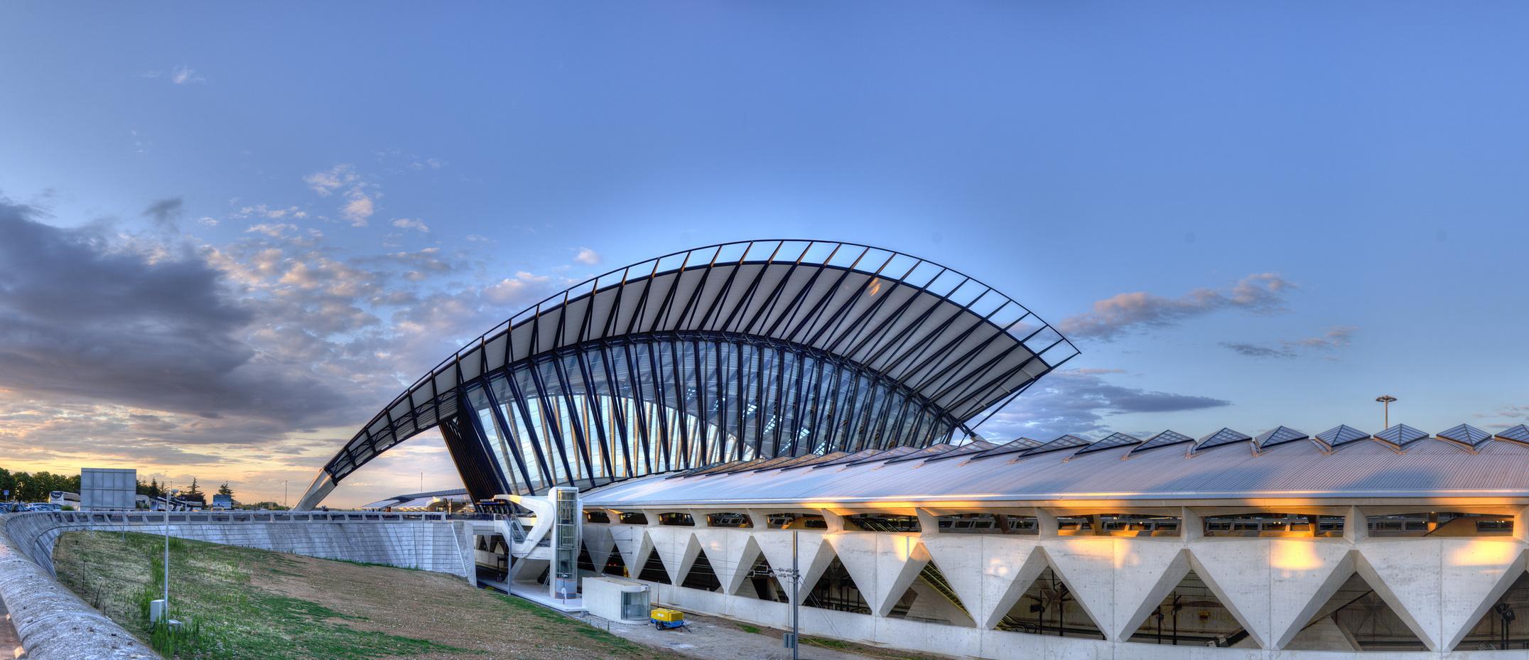 TGV-Bahnhof, Lyon: die Hallen