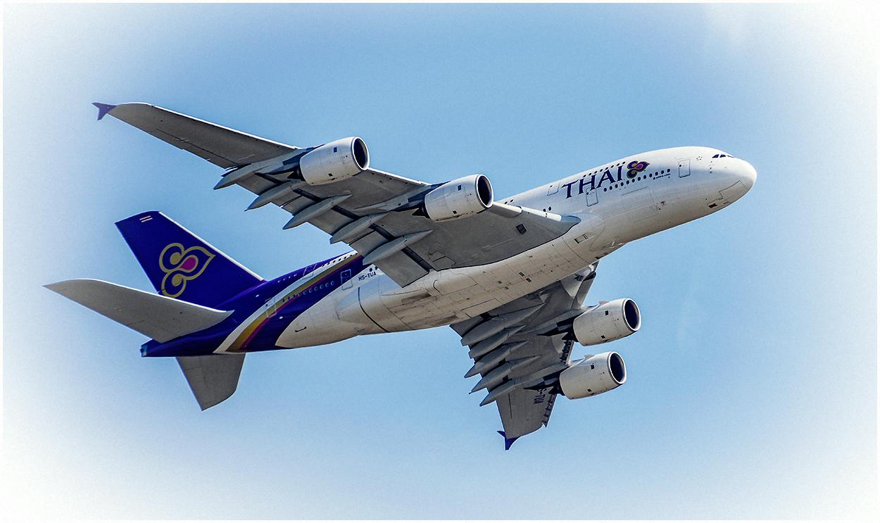 Thai Airways Flight: TG921