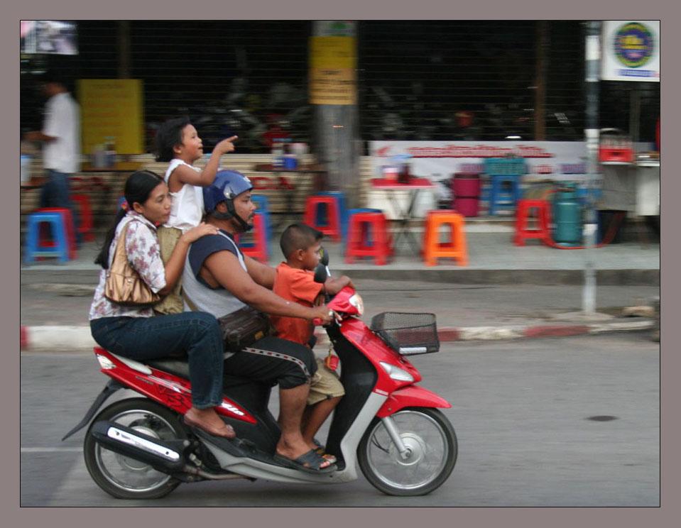 Thai-Logistic