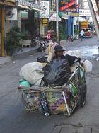 Thailand - Die Frau des Müllsammlers