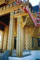 Thailand - Khao Sam Roi / Detail Tempel im Natur Park
