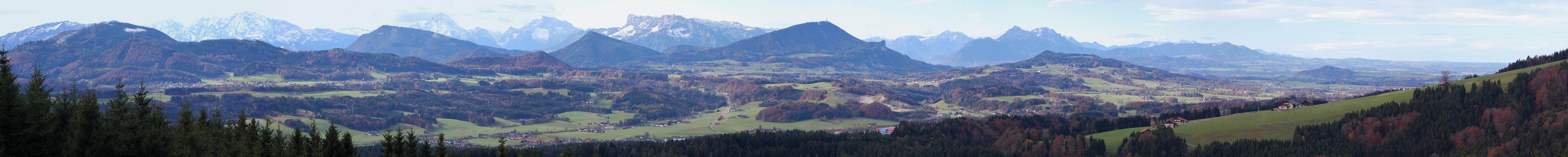 Thalgauberg-Westblickpano zu den Bayrischen Bergen