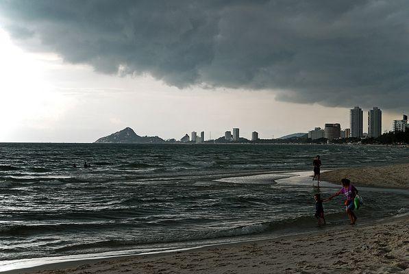 The approaching monsoon - Hua Hin