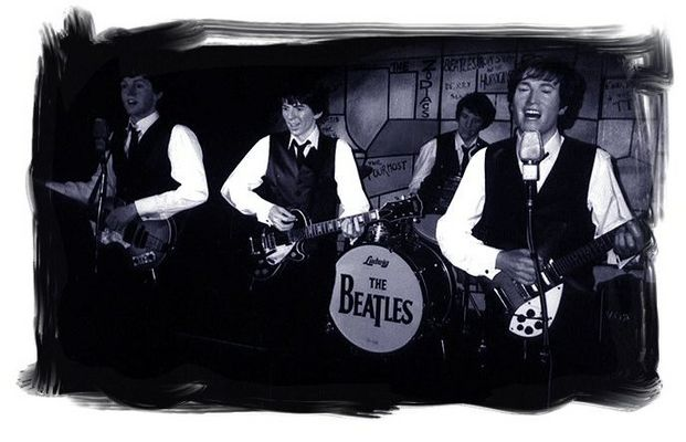 THE BEATLES Live on Stage