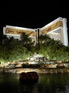 """The Beatles """"Love"""" in The Mirage"""