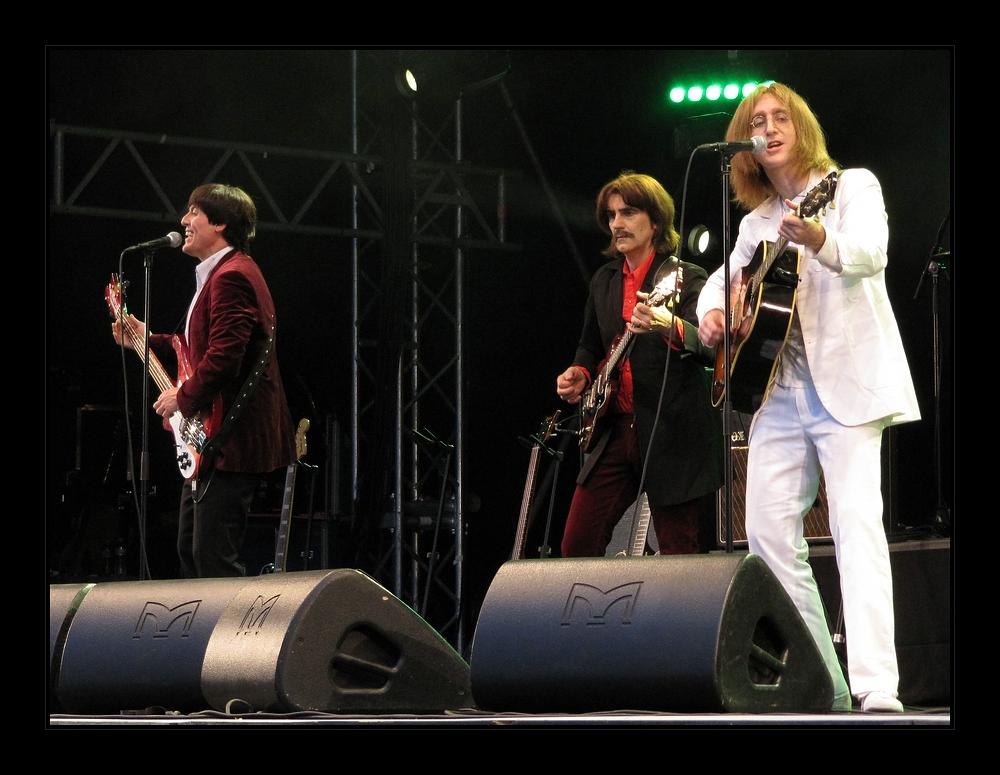 The Bootleg Beatles [2]