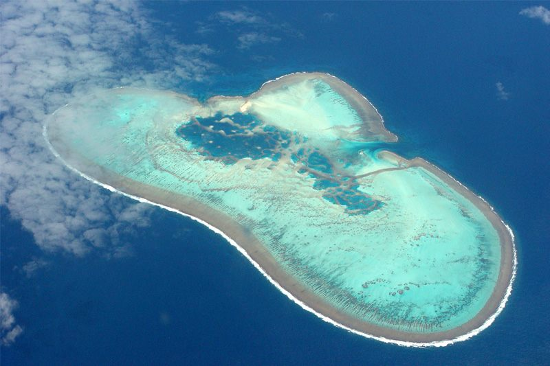 The broken Heart (unknown atoll/south-east of New Caledonia/Pacific)