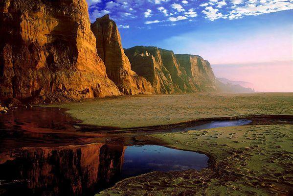 The canyon mirror