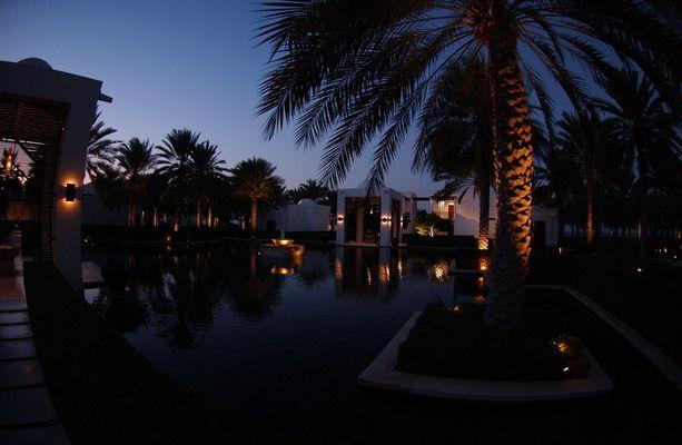 The Chedi in Muscat in der Abenddämmerung