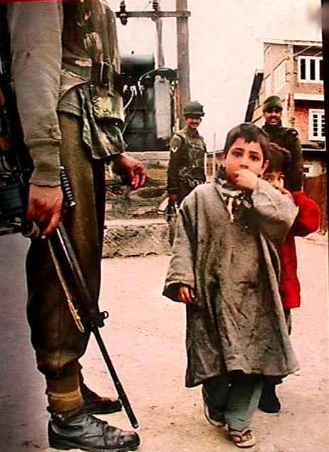the child and the army in Peshawar