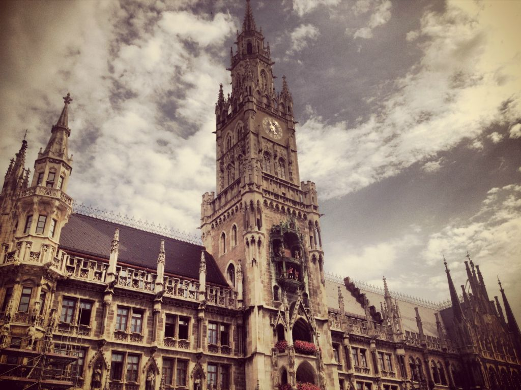 the city hall in the bavarian capital