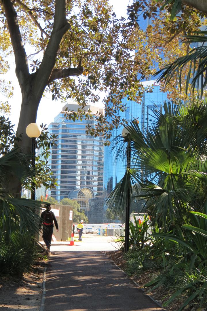 The city of Perth - supreme courts garden