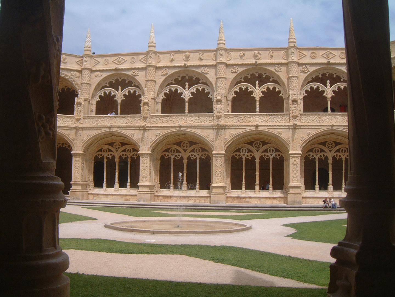 The Cloister inside the Mosteiro dos Jeronimos de Belem