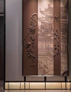 The combination of Chinese painting and leather carving