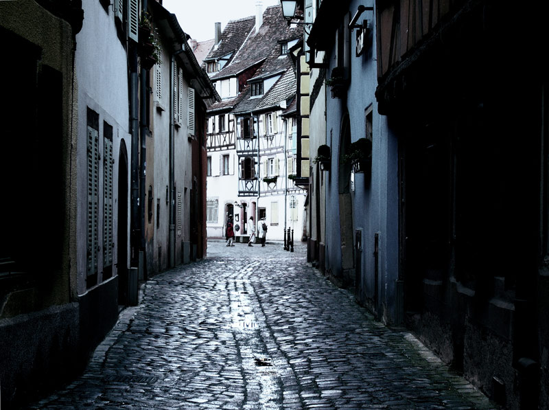 The Dark Streets of Colmar**