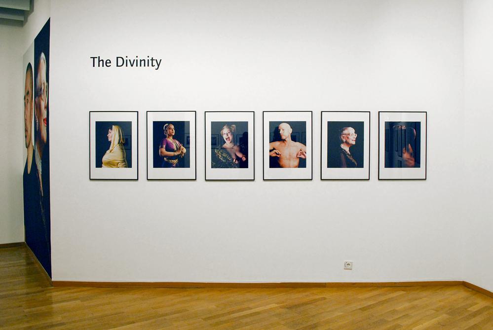 The Divinity - Ausstellung