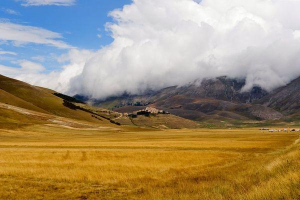 The fog - Castelluccio