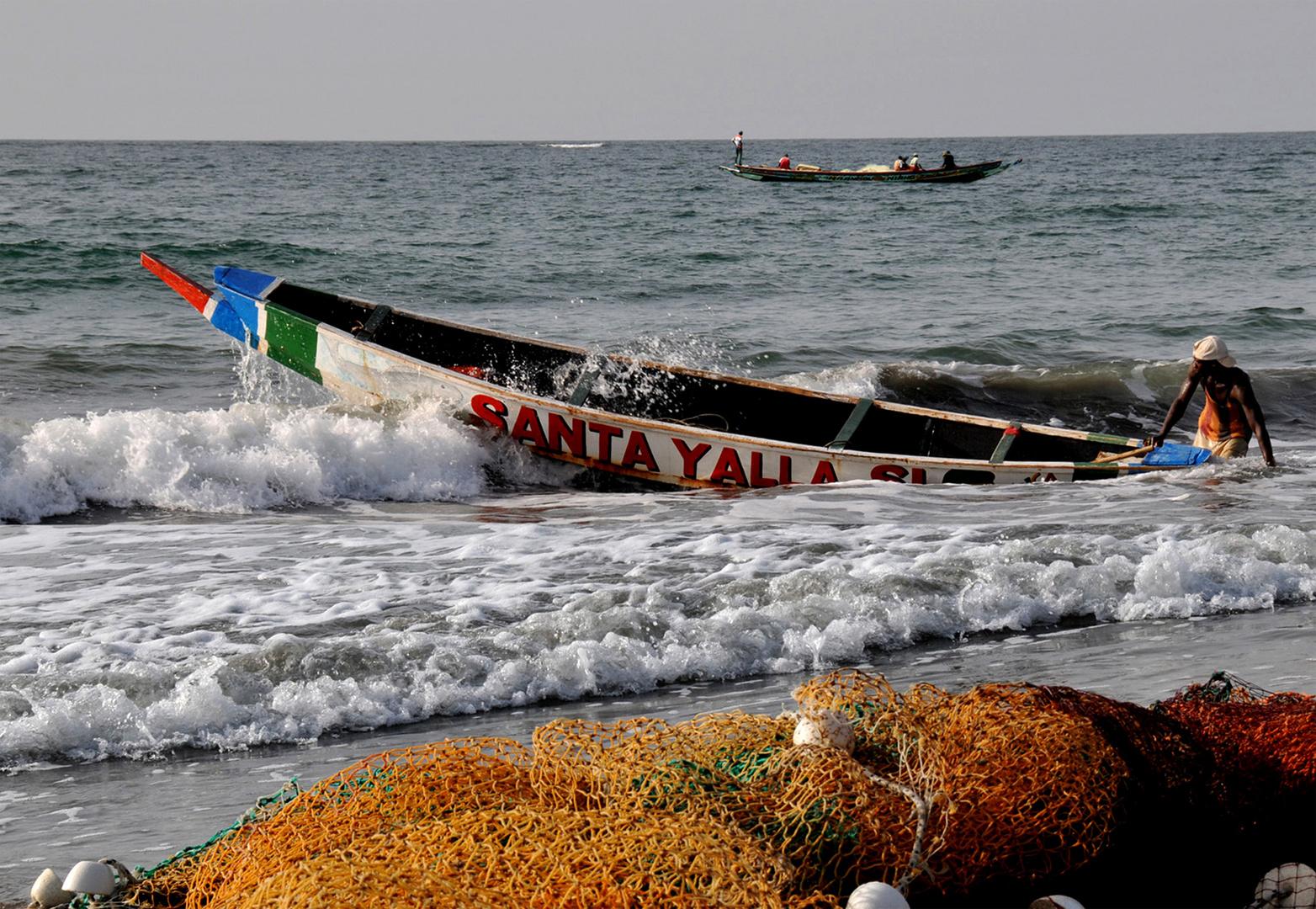 The Gambia: Leere Netze