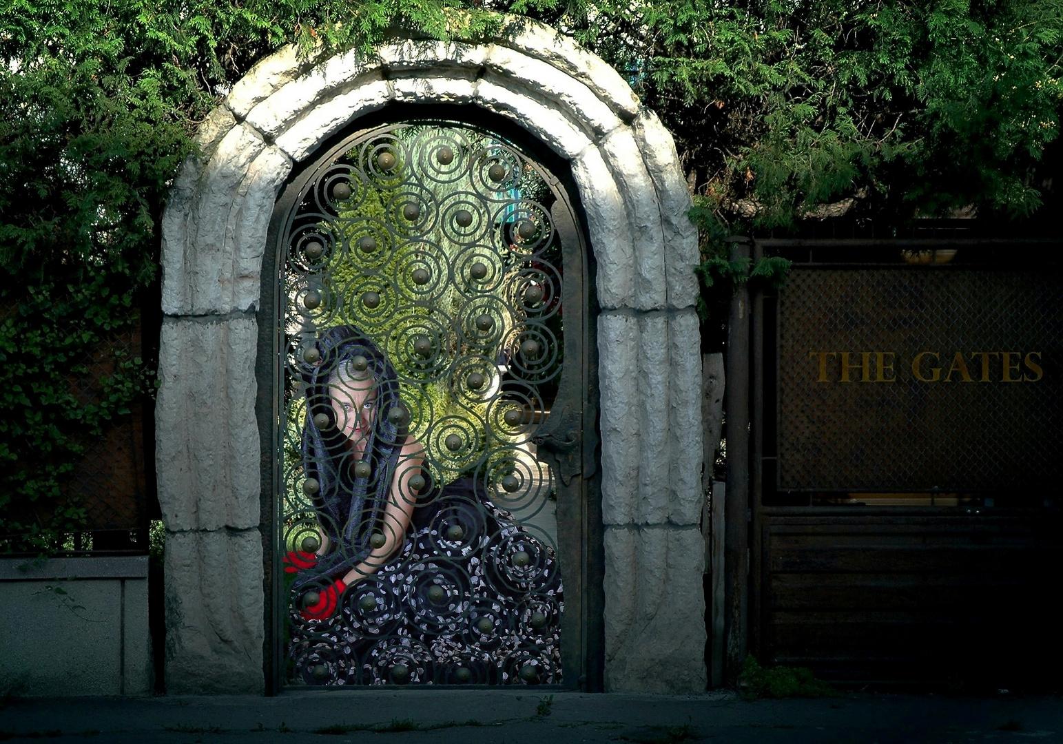 The gates, ciudad de vampiros
