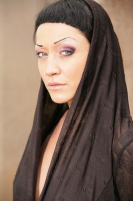 the goddess freshes up the dark/ colour