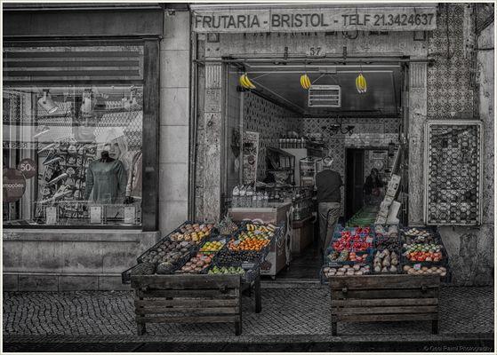 The little fruit shop, Lisbon 2014