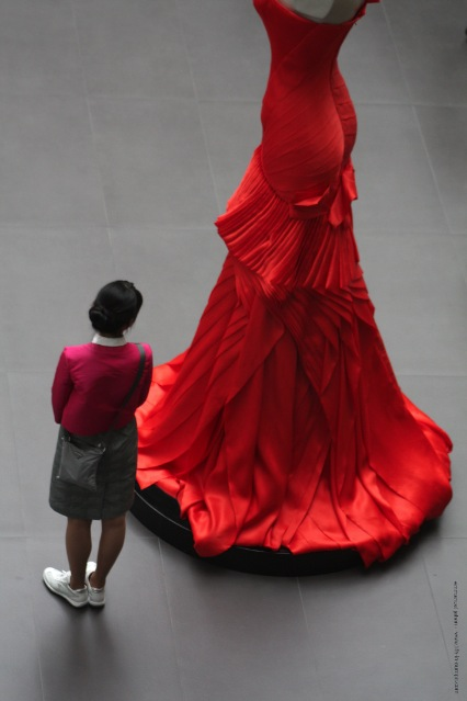 the little woman and the red dress