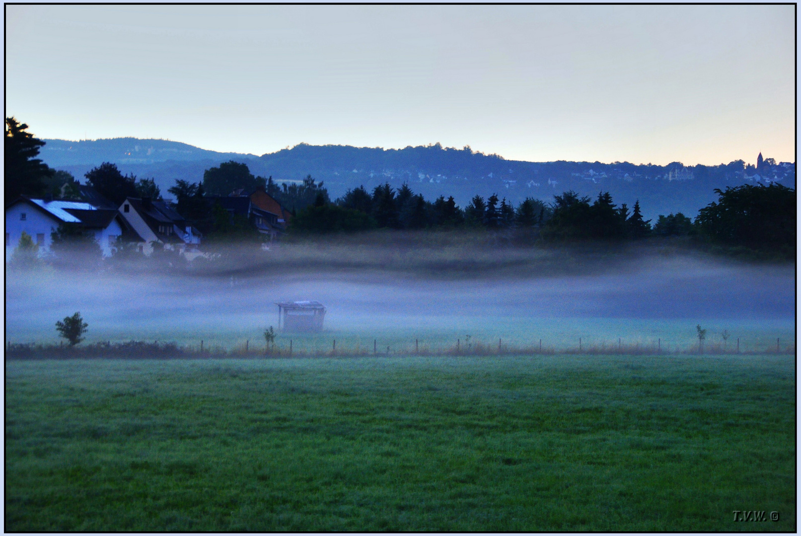 The morning awakening in the country